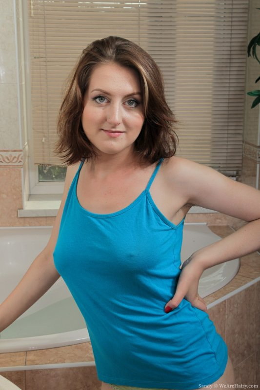 Sandy is a sexy 18-year old Russian who has a beautiful